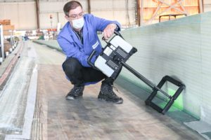 waveCHECK in use in wind turbine rotor blade manufacturing